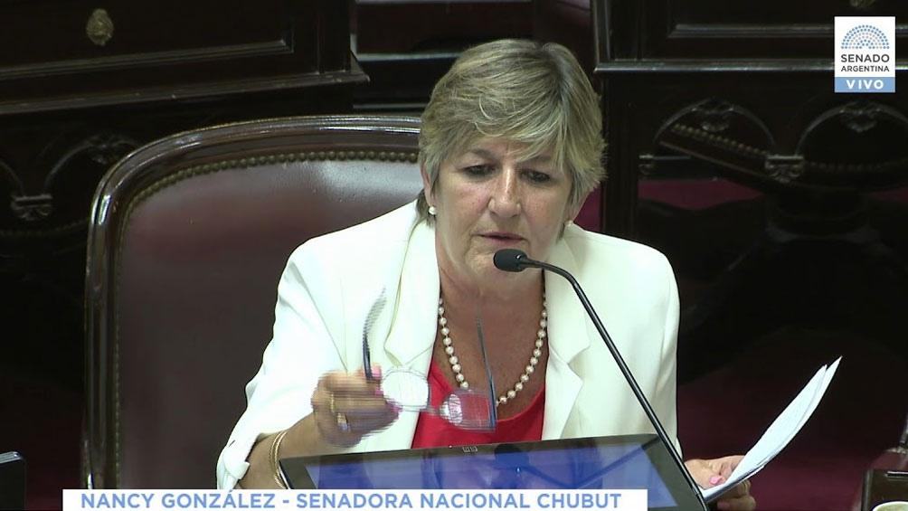 """""""Ojalá que los senadores que aún no expresaron su voto apoyen el proyecto"""", sostuvo la senadora."""