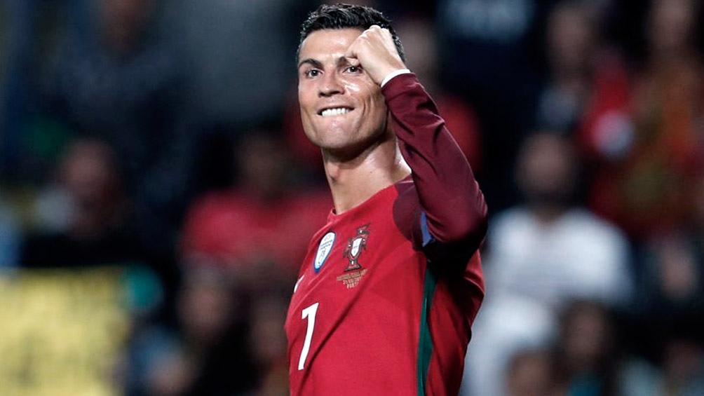 Cristiano Ronaldo busca ser el máximo goleador de la historia de todos los seleccionados.