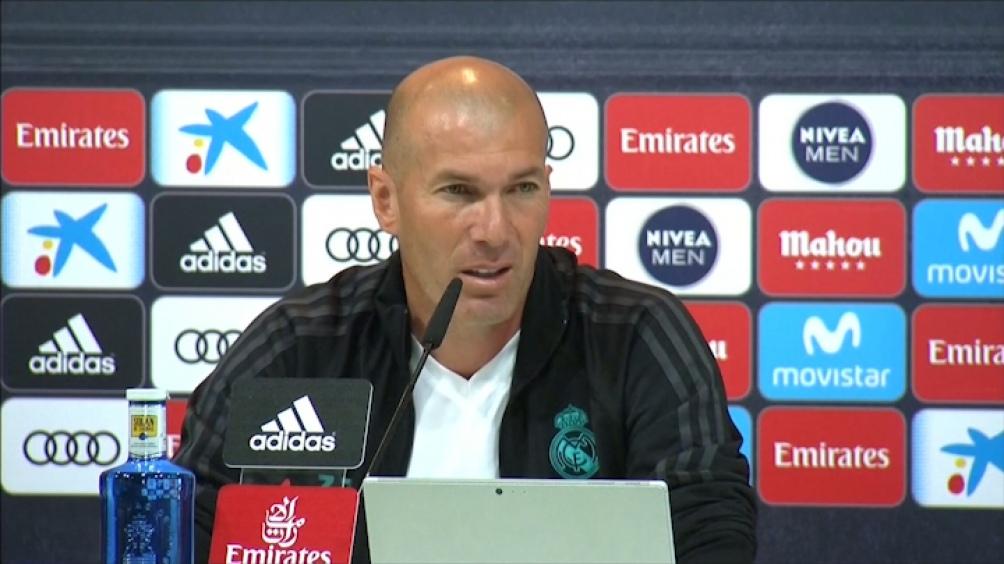 """Zidane: """"El entrenador soy yo y la responsabilidad es mía como siempre""""."""