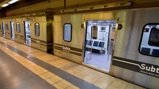 Reabren once estaciones de subte para facilitar el acceso a los bancos