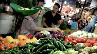 La canasta básica total subió 2,7% en febrero y la alimentaria 3,6%
