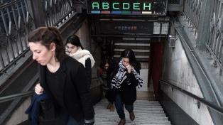 No se pagará boleto en las estaciones donde no funcionen escaleras mecánicas o ascensores