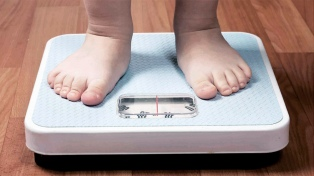 El sobrepeso y la obesidad afectan al 37% de los chicos de 10 a 19 años en la Argentina