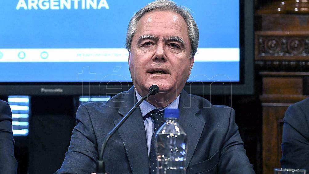 Pinedo elogió la entrevista que mantuvo el ex presidente Macri con el periodista Álvaro Vargas Llosa.