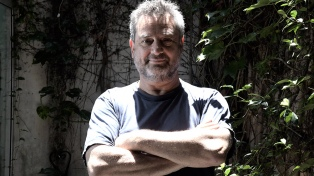 """Daniel Guebel: """"Todos los escritores argentinos quisimos reescribir 'El Aleph'"""""""