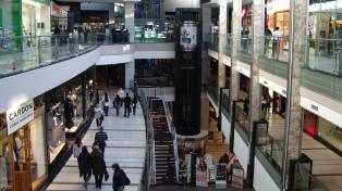 Cayeron 3,9% interanual las ventas en shoppings