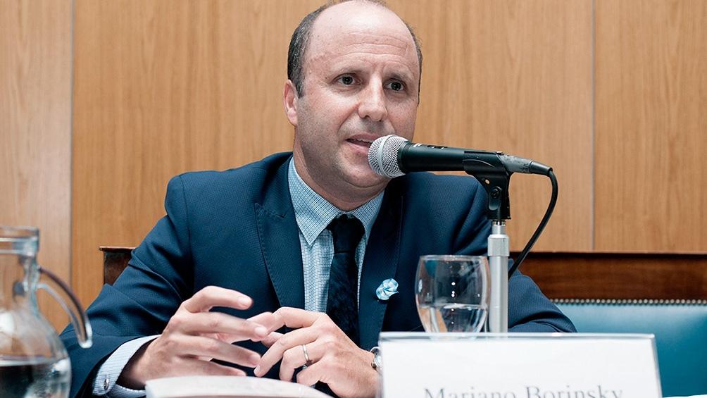 Mariano Borinskym el juez denunciado por sus asiduas vistas a Macri.
