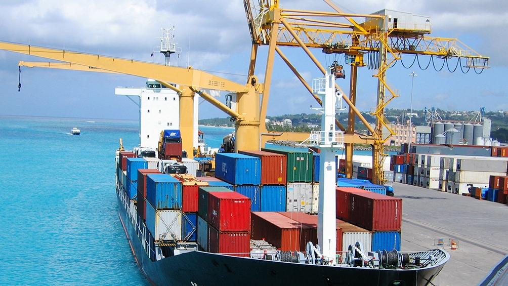 En el caso particular de la Argentina y demás países de la región el envío de un container a Asia puede rondar en la actualidad alrededor de 8.000 dólares contra