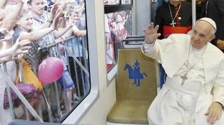 """Jóvenes del mundo pidieron al Vaticano una Iglesia """"auténtica y transparente"""""""