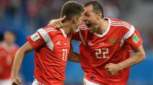 Rusia apabulló a Egipto, en un segundo tiempo a puro gol