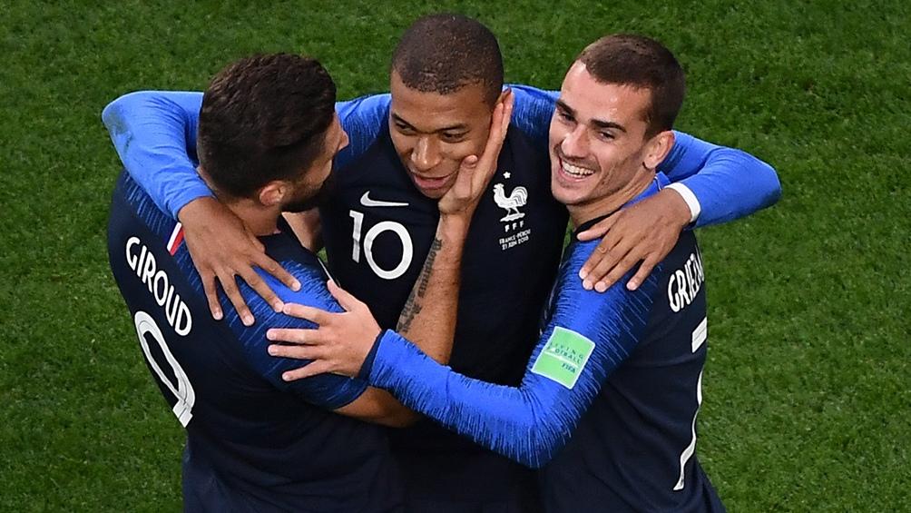Kylian Mbappe,  Antonine Griezmann y Oliver Giroud, tres de las figuras del campeón mundial Francia.