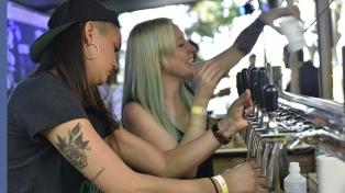 Comenzó un encuentro entre científicos y productores de cerveza artesanal