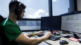 Los sueldos de programadores y desarrolladores informáticos subieron 25% este año