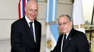 """El embajador británico destacó los """"puntos en común"""" entre Reino Unido y la Argentina, más allá de Malvinas"""