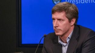 El secretario de Finanzas rechazó comparaciones con la crisis financiera de 2001