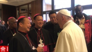 El Vaticano reconoció a los siete obispos que aún no tenían el aval pontificio.