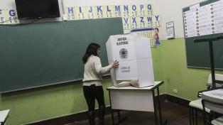 Abrieron las mesas para las elecciones presidenciales y legislativas