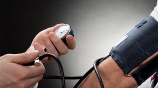 """El Ministerio de Salud a las personas hipertensas: """"No duden en llamar a emergencias"""""""