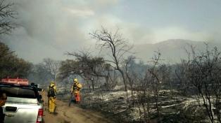 Contienen los incendios en Traslasierra que arrasaron más de 6.000 hectáreas
