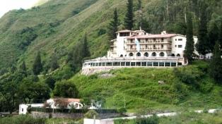 Articulan un protocolo para hoteles con turistas en aislamiento