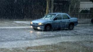 Alerta por tormentas fuertes y ocasional caída de granizo