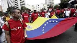 Venezuela celebra el mismo día los cumpleaños de Chávez y Guaidó