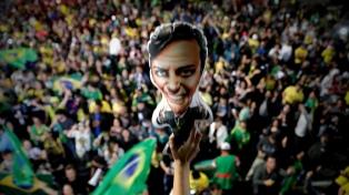 """Bolsonaro dice que combatirá la """"basura marxista"""" en escuelas y universidades"""