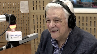 Héctor Larrea cumplió 80 años, lo festeja en el CCK y con una carta