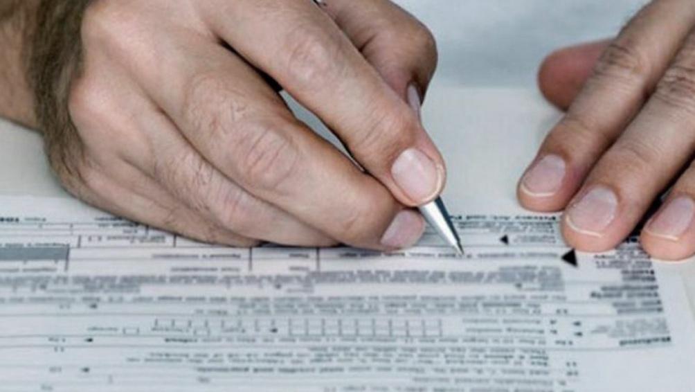 La Resolución 10/2021 lleva la firma del titular de la OA, Félix Crous.