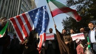 Miles de iraníes protestan contra la reinstalación de las sanciones de EE.UU.