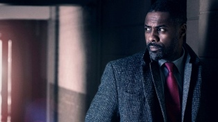 Para la revista People, el británico Idris Elba es el hombre más seductor del mundo
