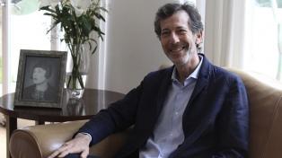 """Ralph Rugoff: """"Las bienales en el mundo son como un virus que se multiplica"""""""