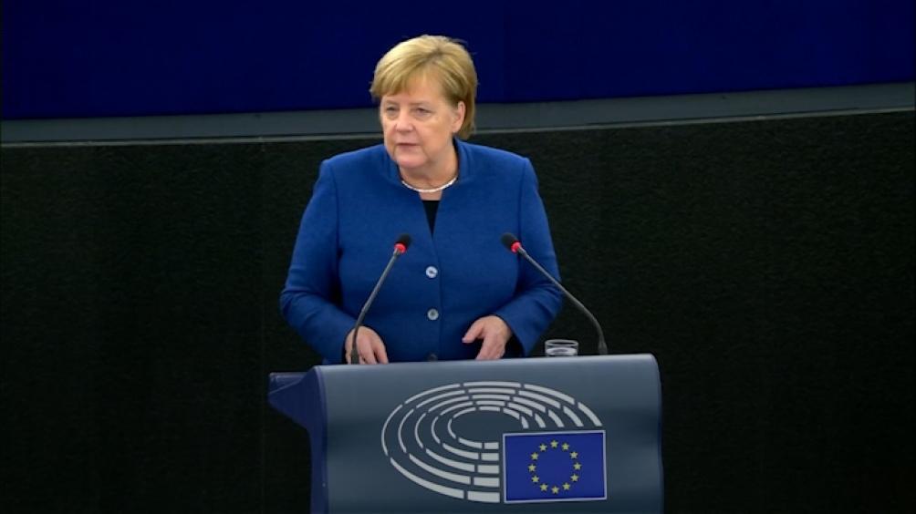 Merkel dijo que su país aumentará financiación para cuidado del ambiente hasta unos 4.800 millones de dólares anuales.