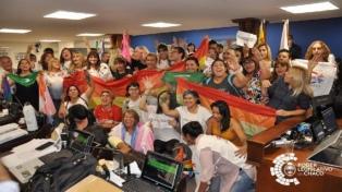 Más de 200 organizaciones LGBTIQ+ celebran el tratamiento del cupo trans