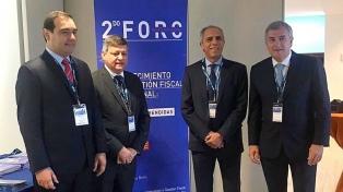 Gobernadores y funcionarios nacionales realzaron posibilidades de invertir en la Argentina