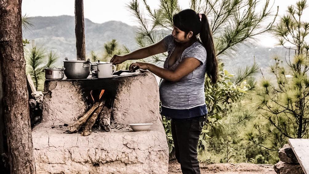 Cincuenta y tres familias son las poseedoras ancestrales del territorio que buscan usurparles.