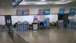 No habrá vuelos de cabotaje y transporte de larga distancia hasta el 31 de marzo