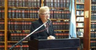 Snopek pide la destitución de  la máxima autoridad de la Justicia provincial