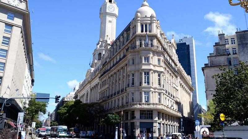 El oficialismo buscará habilitar la construcción de torres que exceden la altura permitida