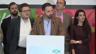 Vox deja a la derecha en minoría en todo el país
