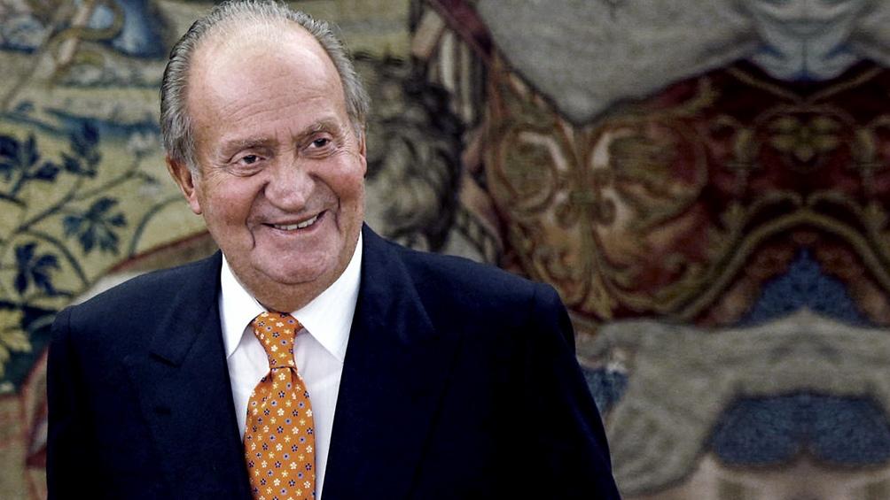 Según algunos medios, Juan Carlos I podría ser despojado de su título de rey y perdería honores que aún ostenta.