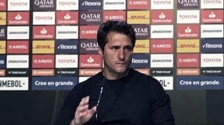 """""""El equipo lo definiré el domingo en el estadio"""", dijo Barros Schelotto"""