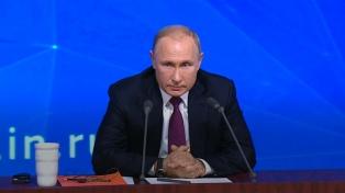 Putin invita a ministros de Exteriores armenio y azerbaiyano a Moscú