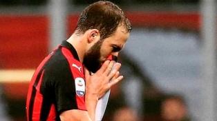 """El técnico de Milan dijo que Higuaín es """"un líder"""""""
