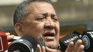 """Reclamaron la vuelta a la cárcel de D'Elía, que anunció que ya estaba """"en camino a Comodoro Pro"""""""