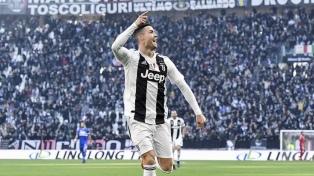 Juventus, con público en su estadio, debutó con una goleada ante Sampdoria