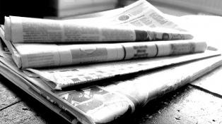 Promulgan la ley que desregula la producción y venta de papel de diario