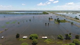 El Gobierno coordina ayuda con cinco provincias por inundaciones e incendios rurales