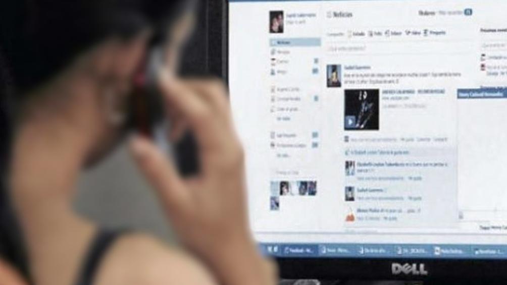 La CNDC investigará el uso que Facebook dará a los datos obtenidos de los usuarios de WhatsApp