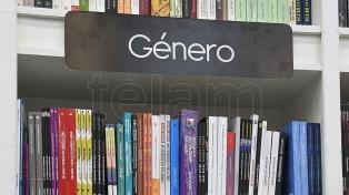 """Los textos sobre """"género"""" ya son una sección especial en las librerías"""